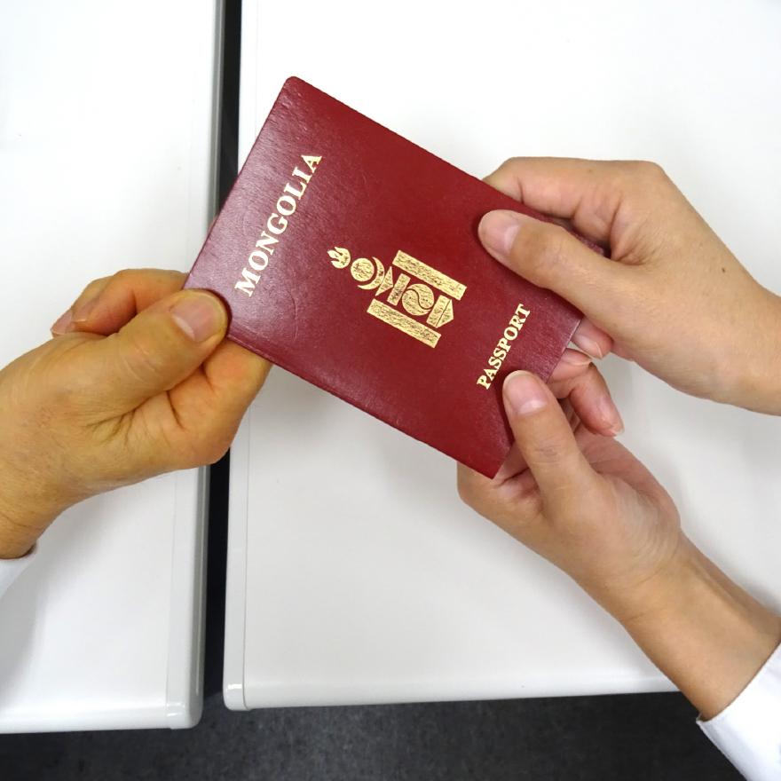 ビザ更新や在留資格の見直しもお手伝い